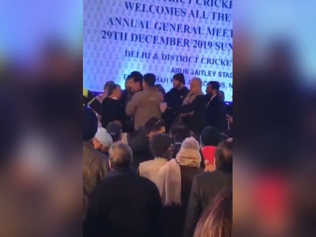 Video : Fist Fight At Delhi Cricket Body Meet And Other Top Stories
