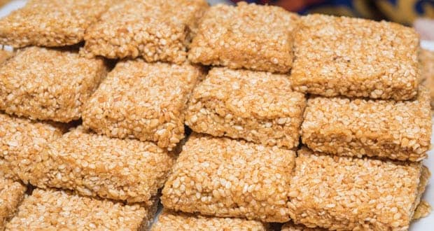 Winter Special: Try This Crunchy Til Ki Chikki At Home For All Your Hunger Pangs