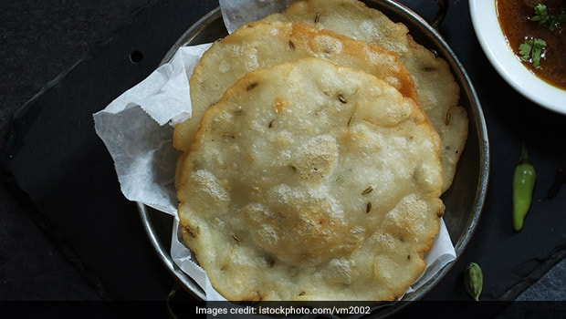What Is Akki Roti, How To Make This South-Indian Crispy Rice Flat Bread At Home