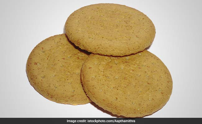 How To Make Healthy Atta Biscuits At Home - Find Easy Recipe Inside