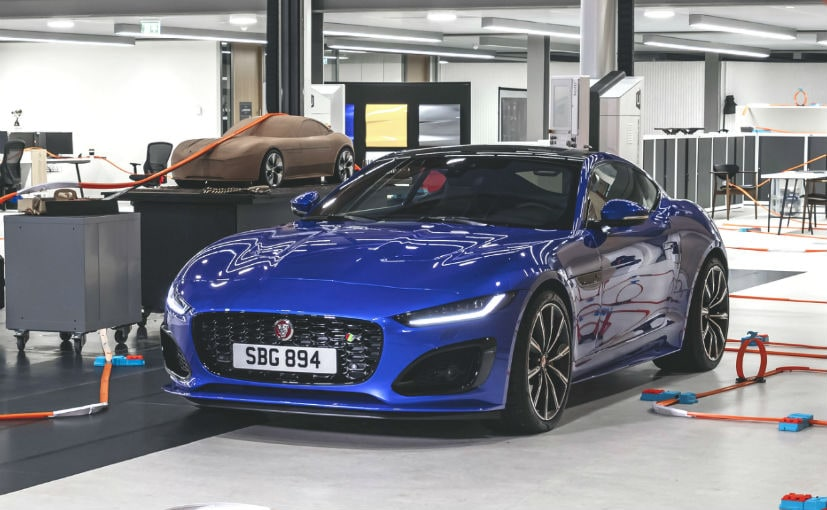 The 2020 Jaguar F-Type can do a 0 to 100 kmph sprint in 3.5 seconds