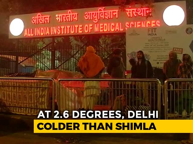 Video : Patients Outside AIIMS Suffer In Delhi's Coldest December Since 1901