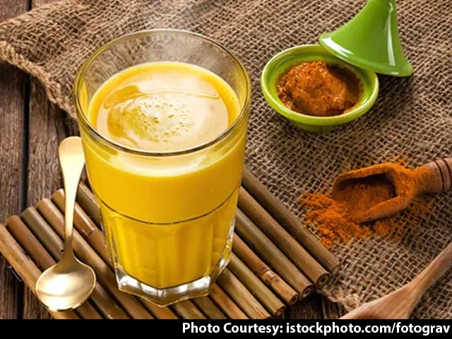 Video : Health Benefits Of Turmeric Milk
