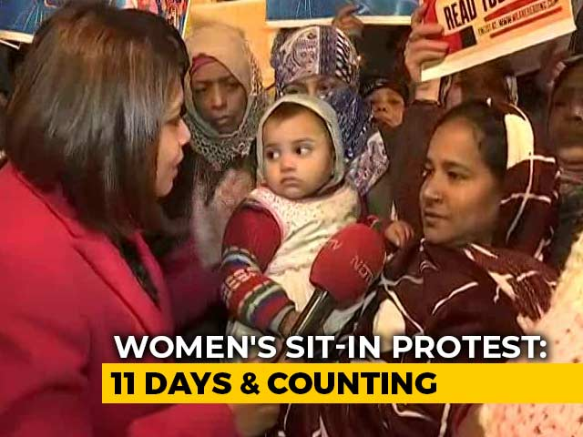 Video : A Relay Protest By Women In South Delhi Against Citizenship Law