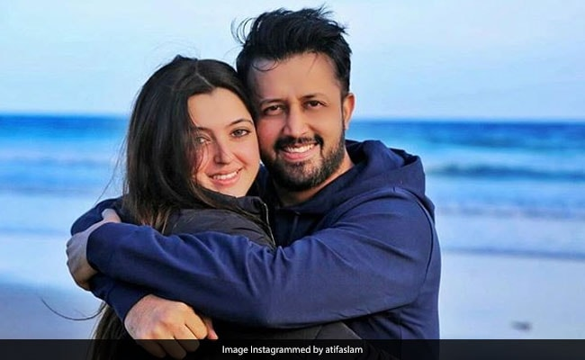 Atif Aslam And Wife Sara Bharwana Introduce Their New Arrival Second Baby With Adorable Pic Sara belongs to the renowned bharwana caste who were originally from rajasthan, india and converted to islam under the spiritual. atif aslam and wife sara bharwana