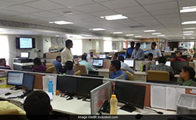इंडसइंड बैंक स्टॉक क्रैश 25% से अधिक, बैंक डेनिस मार्केट अफवाहें