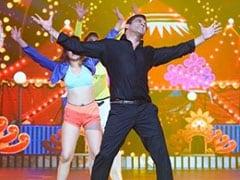 सलमान खान ने किया SRK को लेकर सवाल, बोले- किंग ऑफ रोमांस शाहरुख खान या हम...