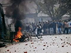CAA Protest: 15 लाख की भरपाई के नोटिस जारी करने के बाद अब हिंसा में शामिल उपद्रवियों के पोस्टर चौराहों पर लगाए