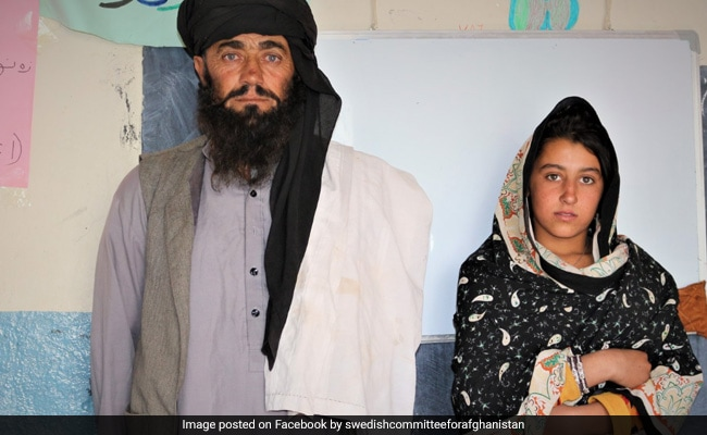 Father Travels 12 Km Daily To Take Daughters To School, Wins Hearts