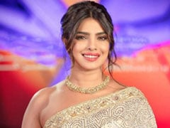 Priyanka Chopra Shows Us How To Be A Gorgeous <i>Desi</i> Girl In A Sequin <i>Saree</i>