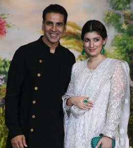 Akshay Brought Home Earrings Made Of Onions For Twinkle. See Pic