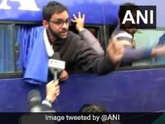 CAA Protest: उमर खालिद, सीताराम येचुरी, संदीप दीक्षित समेत इन नेताओं को पुलिस ने लिया हिरासत में