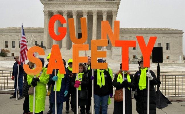 US Supreme Court Justices Debate Major Gun Case