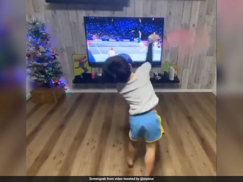 """""""Doesnt Get Much Cuter Than This"""", ATP Shares Video Of Young Kid Imitating Roger Federer"""