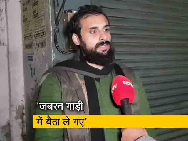 Video : पुलिस ने पत्रकार को हिरासत में लिया, बड़े अधिकारियों के हस्तक्षेप के बाद छोड़ा गया