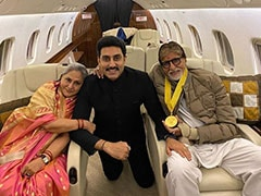 Abhishek Bachchan Posts A Happy Pic With Dadasaheb Phalke Awardee Amitabh Bachchan And Jaya Bachchan