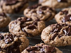 High-Protein Diet: Try These Chocolate Chip Oat Biscuits For Your Next Tea-Time Break
