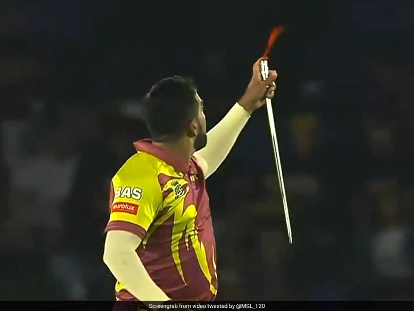"""Watch: South African Bowler Pulls Off """"Crazy"""" Magic Trick After Taking Wicket"""