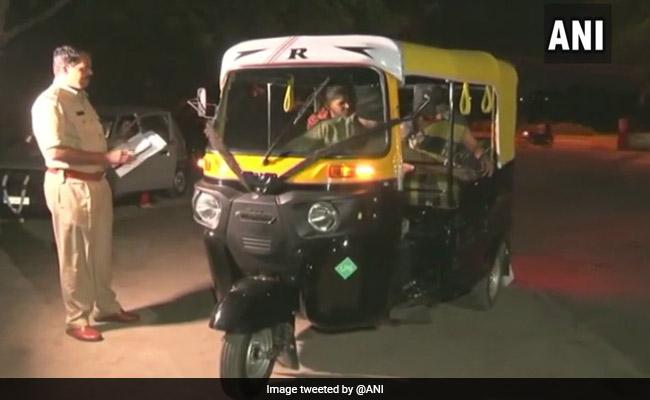 Karnataka Police Starts Free Drop Service For Women Travelling At Night
