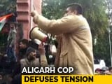 Video : How A UP Cop Used Tact To Handle AMU Student Protests On Citizenship Act