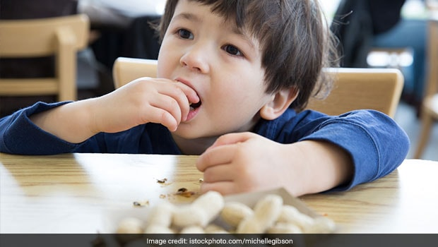 Why You Should Include Nuts In Your Child's Diet, Side Effects, And How To Do It