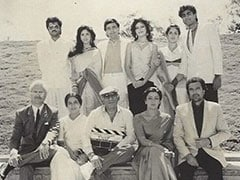 Can You Spot All The Stars In Anupam Kher's Million Dollar Throwback Pic?