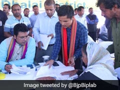 In a first, Biplab Dev Holds <i>Janata Darbar</i> To hear People's Grievances