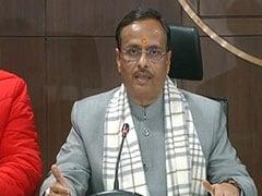 उत्तर प्रदेश के उपमुख्यमंत्री दिनेश शर्मा ने कांग्रेस पर लगाया आरोप, कहा- कठिन समय में बसों की राजनीति कर रही है विपक्षी पार्टी