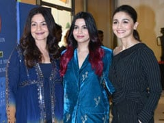 Alia And Pooja Bhatt Form Shaheen Bhatt's Cheer Squad At Her Book Launch. See Pics
