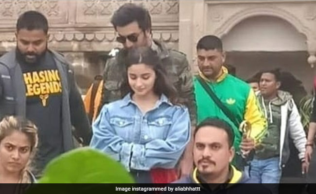 Alia Bhatt And Ranbir Kapoor Take A Dance Break In Their Search For Brahmastra