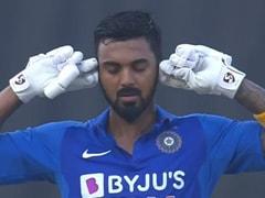 IND vs WI: केएल राहुल ने सेंचुरी मारने के बाद कानों को किया बंद, तो ट्रोलर्स ने यूं बना डाले मजेदार Memes