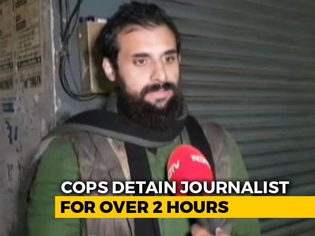 """Video : """"Cop Said He Would Tear My Beard"""": Lucknow Journalist Detained, Released"""