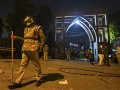 Students In Hospital, Jamia University Becomes War Zone Amid Clashes
