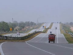 Delhi Resident Dies After Car Overturns On Yamuna Expressway Near Noida