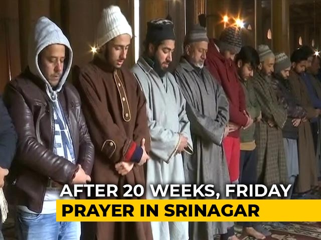 Video : Prayers At Srinagar's Jama Masjid For 1st Time Since Article 370 Removed