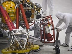 """NASA's Trip To Mars Begins In California """"Clean Room"""""""
