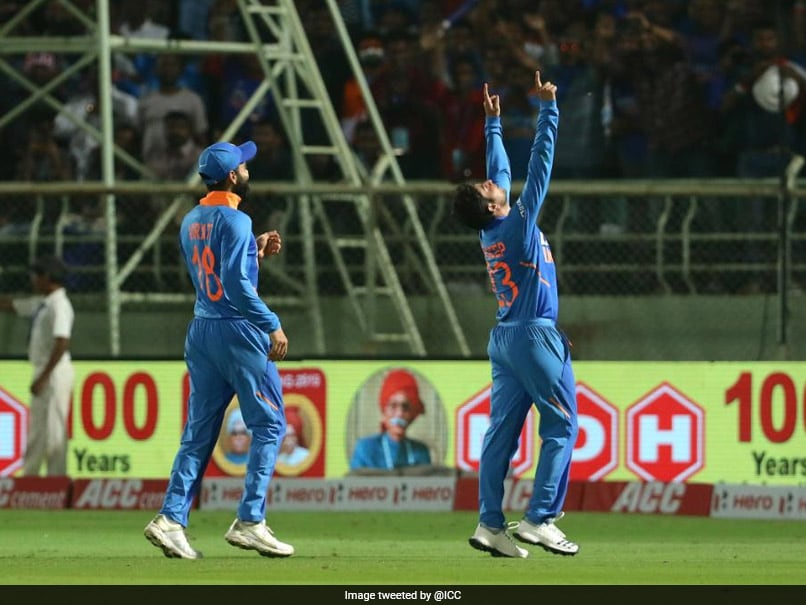 IND vs WI 2nd ODI: टीम इंडिया के जोरदार खेल के आगे वेस्टइंडीज टीम पस्त, 107 रनों से हारी