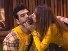 <i>Bigg Boss 13</i> - 'I'm Upset': Paras Chhabra's Girlfriend Akanksha Puri On His Relationship With Mahira Sharma