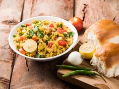 Healthy Breakfast Recipe: Make Matar-Paneer Bhurji Pav For A Filling And Protein-Rich Breakfast