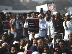 "Police Issues Notice To 6 ""Mumbai Bagh"" Protesters"