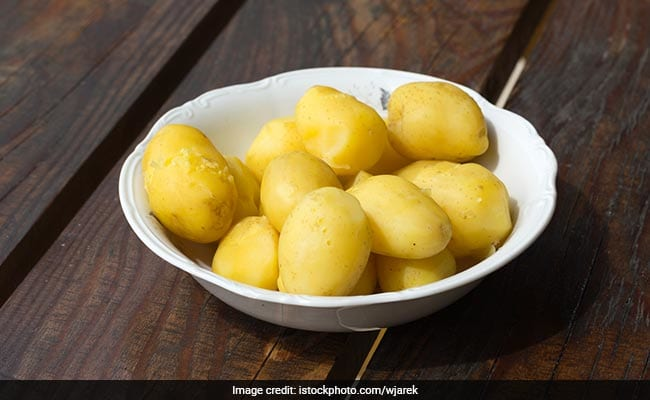 Boiled Potatoes Benefit: Tremendous Benefits Of Eating Boiled Potatoes, From Swelling, Till Mouth Ulcers