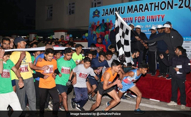 J&K Police Hold 'Run For Unity' In Jammu To Spread Message Of Peace