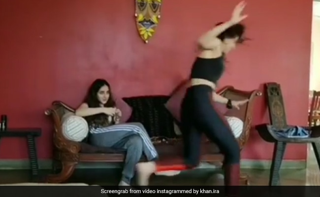 आमिर खान की बेटी इरा खान को मिली ऐसी खुशी, लगीं इधर से उधर भागने- देखें Video