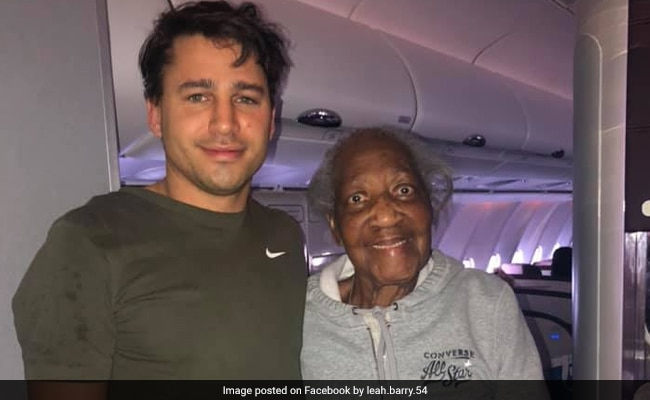 Man Offers First-Class Ticket To 88-Year-Old. His Kindness Wins Internet