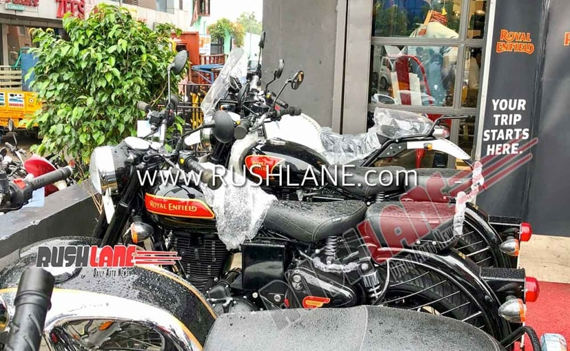 2020 Royal Enfield Classic 350 BS6 Spotted; Gets Alloy Wheels And New Decals