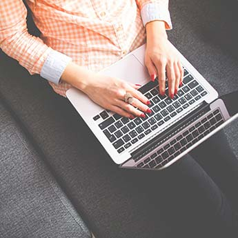 इन 5 तरीकों से ऑफिस में हर काम करें बेस्ट