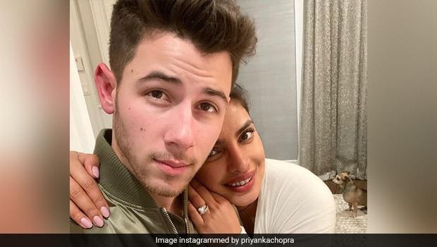 Priyanka Chopra And Nick Jonas Celebrated Christmas By Decorating Cookies (Watch Video)