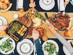 Christmas 2019: Smart Tips To Eat Healthy At A Christmas Party