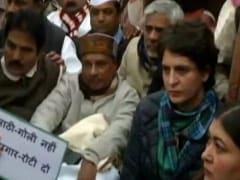 प्रियंका गांधी का सरकार पर तंज: पहले वो आप से वादा करेंगे फिर वो आपको 'फूल' कहेंगे