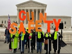 US Supreme Court Justices Debate Major Gun Case